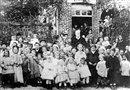 Victor Hugo lors d\'un banquet offert aux enfants de Veules le 24 septembre 1882